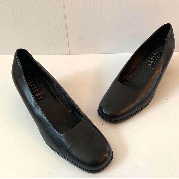 """Women's AMALFI Black Leather 2"""" Heel - Size 11"""